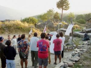 ceremonie bij zonsondergang