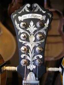 lyra-mandoline, de kop, ingelegd met paarlemoer in ebbenhout